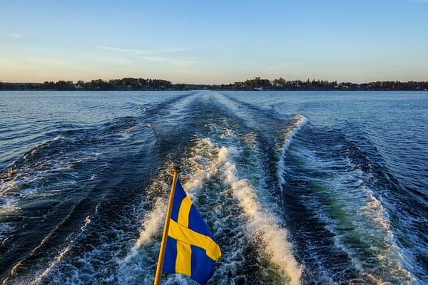 Strid om båtleveranser av matkassar i Stockholms skärgård